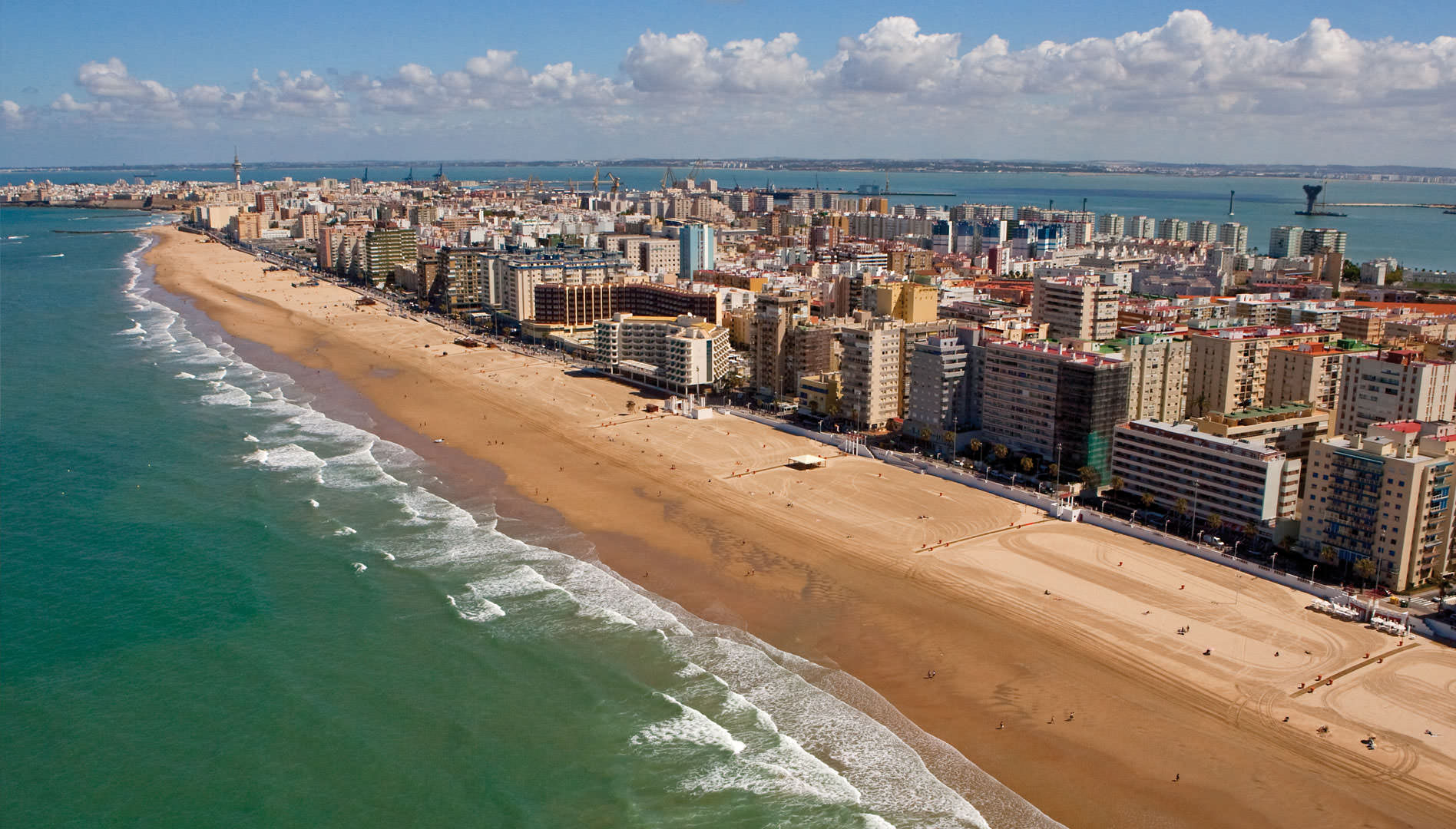 Aerial view of Victoria Beach in Cádiz.